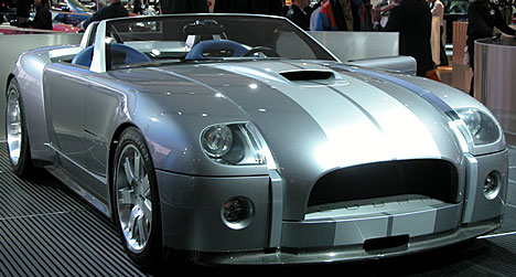 Ford представил Shelby Cobra
